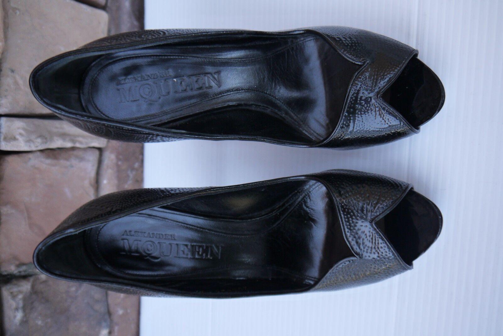 Gorgeous Alexander McQueen PEEP TOE PUMPS PATENT LEATHER BLACK BLACK BLACK EU 37.5  US 7.5 df5d12