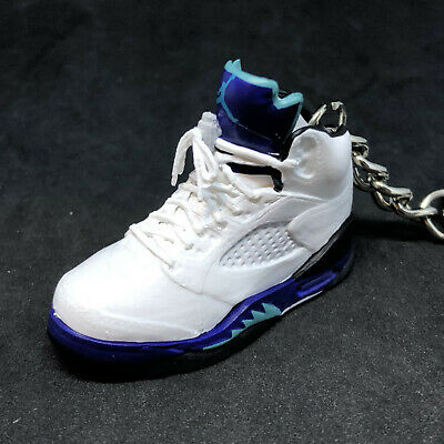 AIR JORDAN 5 V RETRO GRAPE WHITE PURPLE OG SNEAKERS 3D SHOES KEYCHAIN 1:6 FIGURE