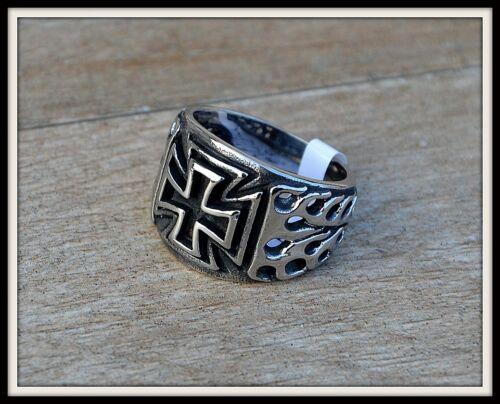 Maltese Gothic Punk Biker Signet Ring cross /& Flames ~ Size 7 À 13