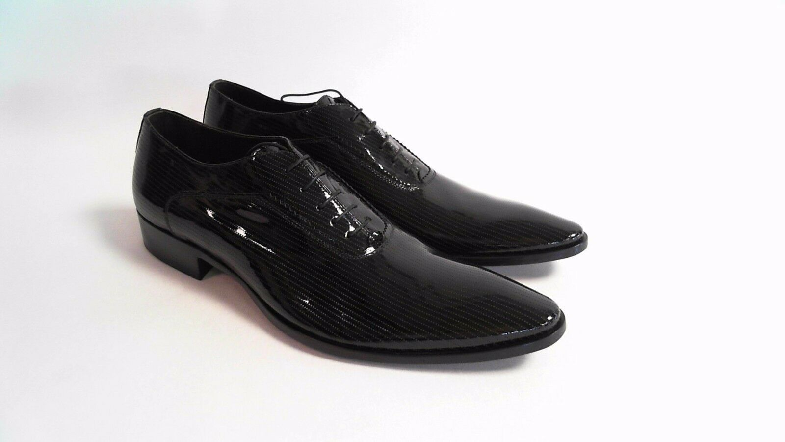 Bespoke HQ Vero Cuoio Vernice Nero PU Men's Shoes Dotted Italian Patent Leather