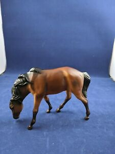 Breyer-Reeves-horse-model-small-Brown-Grazing-Mare-odd-size-4-034-x6-034-Unknown