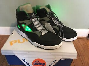 Rare Reebok Pump Omni Zone LT Solebox Green Black Light Up Size 13 ... 24eff9482