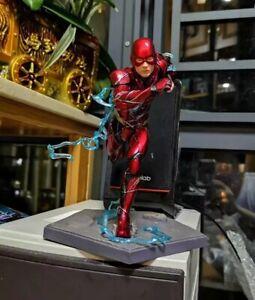The-Flash-Artfx-Statue-PVC-Action-Figure-Collectible-Model-Toy-DC-Comics-Box