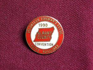 VINTAGE PIN PINBACK 1990 ALBANY CONVENTION VOLUNTEER FIREMAN'S ASSOC LADIES AUX
