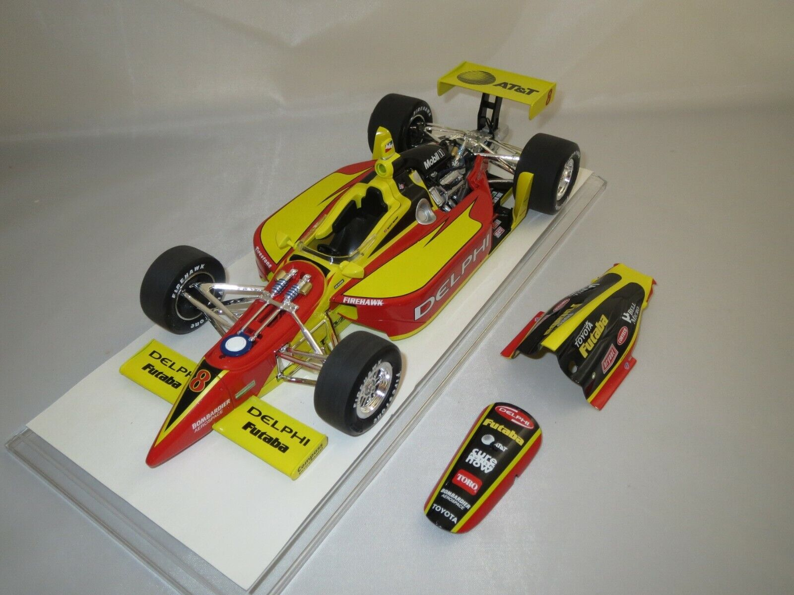 Action Performance  Indy Racing Car  Scott Sharp  8  Delphi  2003  Dallara (S7)  |  Neuer Markt