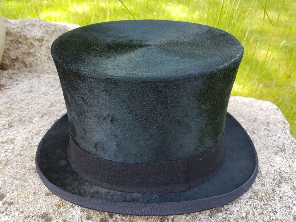 Hat, Høj sort hat, str. 55