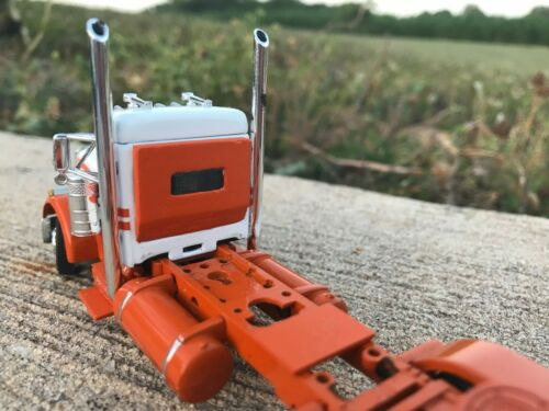 Fits 1//64 DCP Peterbilt 379 3D Printed Cab Plug 2 Piece Set