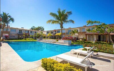Casas nuevas en coto privado con alberca Villa Paradiso