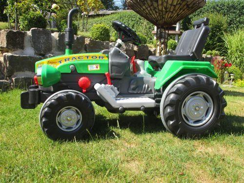 Elektro Traktor mit 2 Motoren Motoren Motoren Turbo-Speed  je 12V  Traktor   Top Qualität 460276 bad472