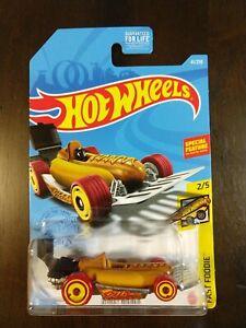 Entièrement neuf dans sa boîte Hot wheels FAST Foodie 2021 Street Weiner Hot Dog Toy voiture cadeau enfants noël