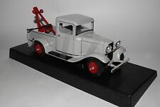 YATMING ROAD LEGENDS 1934 FORD PICKUP TOW TRUCK, 1:18 SCALE GRAY