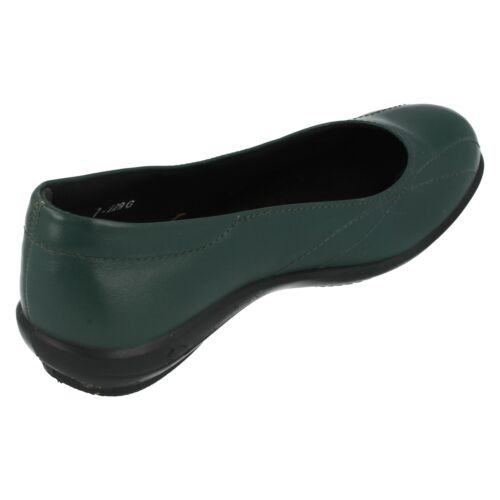 Green Slip On Leather Casual Shoes Honiton Ladies Easy B Red