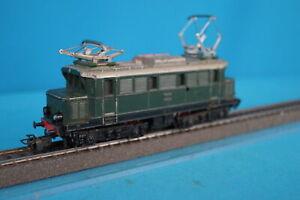 Marklin-3011-DB-Electric-Locomotive-Br-E-44-Green-version-3-of-1959-OVP