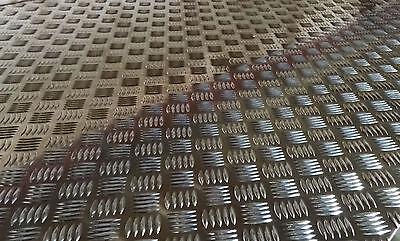 Custom listing for 6 x 900mm x 40mm x 6mm mild steel tread plate