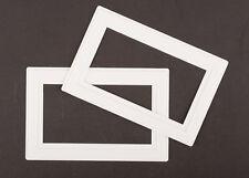 2x Blanc Double Douille/Interrupteur De Lumière de Doigt Surround Wall Cover Protector