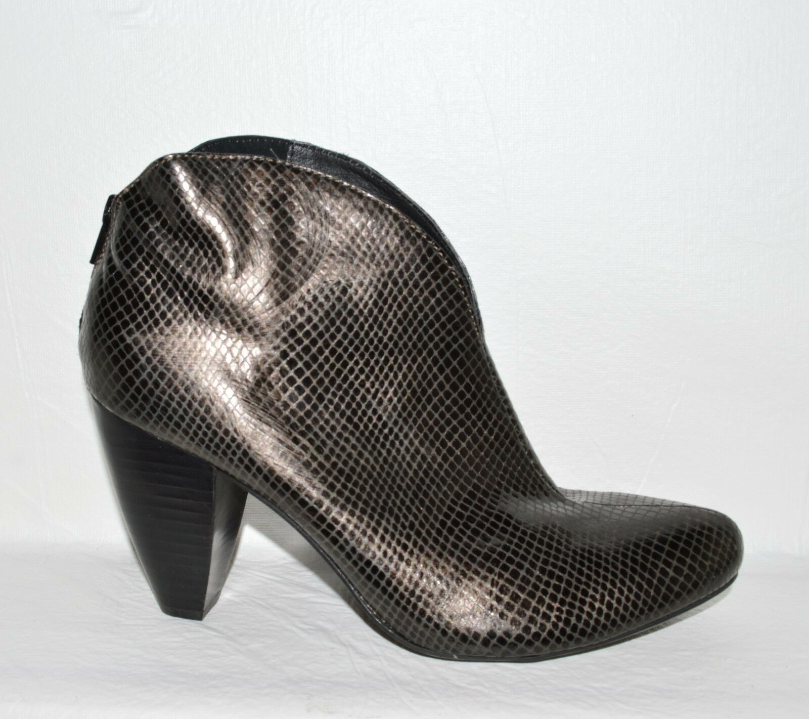 BORN CROWN NEW SZ 10 M 42 SNAKE PRINT DARK GRAY LEATHER ANKLE BOOTS BOOTIES