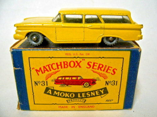 MATCHBOX rw 31b Ford stationwagon jaune rare noire plaque de sol en box