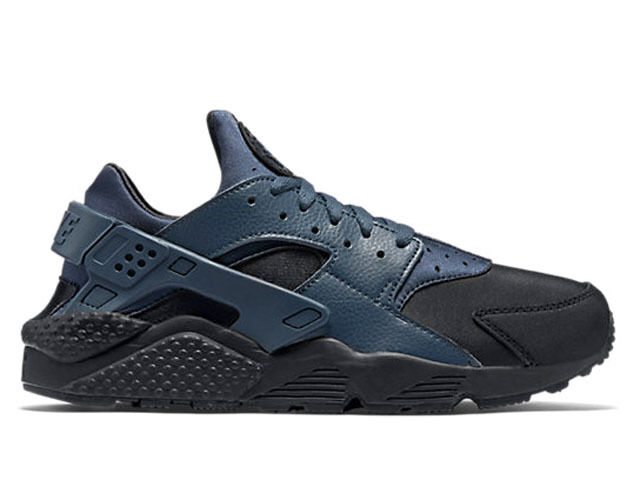 Men's Nike Air Huarache Run Premium Black Squadron Athletic Fashion 704830 004