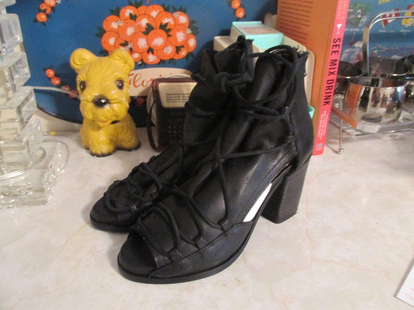 Baske Ariel Leather Lace Up Block Heel Sandal, size 7 fits like 8 Black