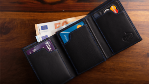 The Peek Note Wallet Gimmick and Online Instructions Trick by Gerard Kearney