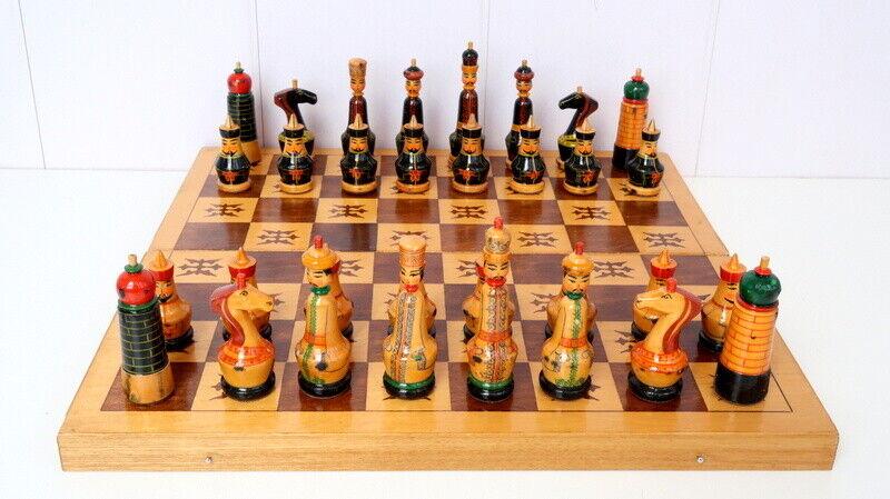 Vintage He Painted Wooden Full Set Chess  tavola gioco Chessuomo Mongols  negozio fa acquisti e vendite