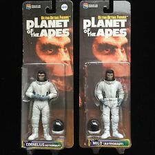 Planet of the Apes 2 x Astronauts Ultra Detail Action Figures Medicom Toy UK