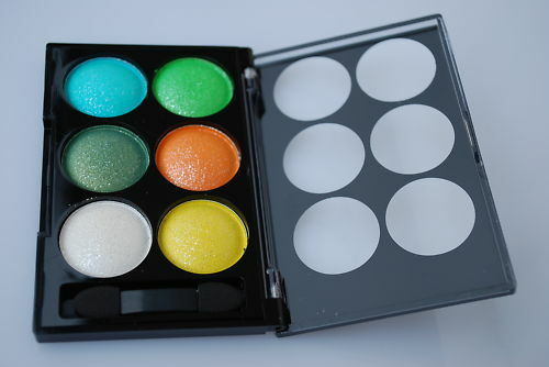 EYESHADOW SHIMMER FINEST 6 COLOURS COMPACT PALLETE