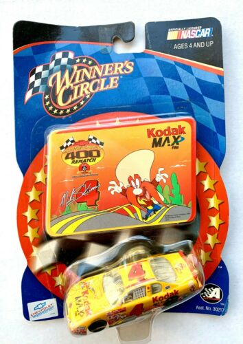 2002 NASCAR Winners Circle 15853 Mike Skinner #4 Loony Tunes Driver Sticker