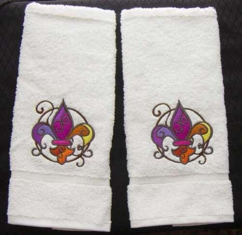 FACETED FLEUR DE LIS EMBROIDER SET OF 2 HAND TOWEL BATH by laura