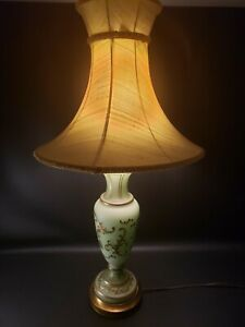 Vintage-1930s-Satin-Hand-Painted-Gold-Gilded-Green-Glass-Table-Lamp-Silk-Shade