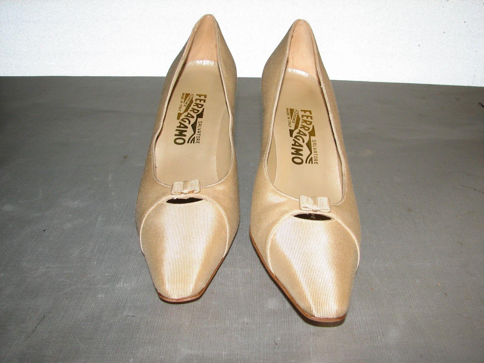 $399 New Salvatore Ferragamo Women Beige Satin Heels Heels Satin Shoes 10 2A 23102a