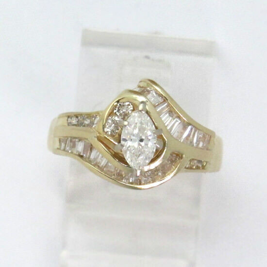 14k Yellow gold Marquise Round and Baguette Diamond Engagement Ring 1.62ct