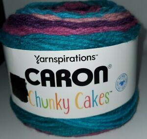SKEIN-CAKE-OF-YARNSPIRATIONS-CARON-CHUNKY-CAKES-YARN-PLUM-PERFECT