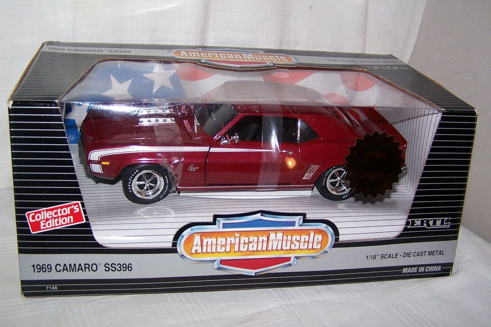1 18 diecast 1969 Camaro SS 396 Exclusive color