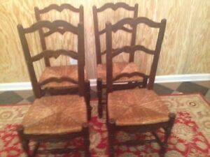 Set Of 4 Antique Country French Ladder Back Dining Chairs