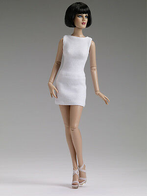 """NRFB Precarious Bright White basic 16"""" doll sold out from Tonner!"""