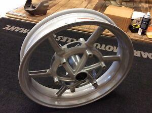 NEW-Ducati-Multistrada-17-Front-Wheel-Brembo-PN-50121071AM