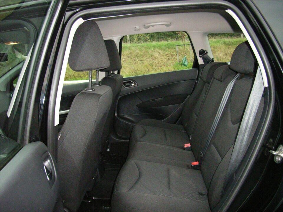 Peugeot 308 1,6 e-HDI 112 Access stc. 5d 6 gears