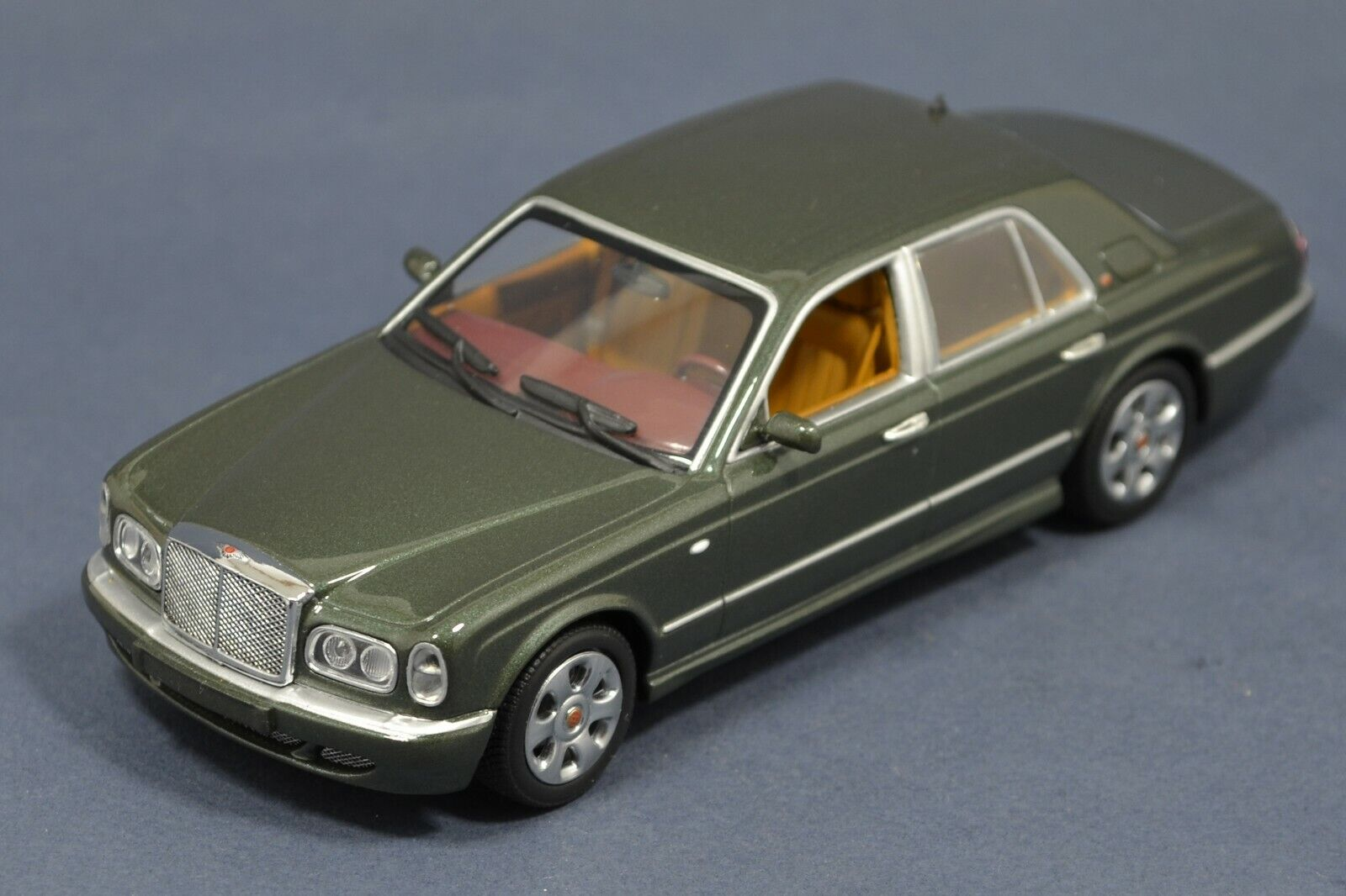 1 43 Bentley Arnage R green Red Label 2002 MINICHAMPS 436139002 Rare IN BOX