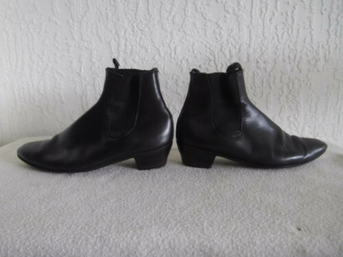 Vintage COOL Early 1960s Flamenco Style Boots  Siz