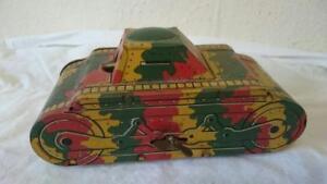 Camouflage militaire de char de ferblanterie militaire de Mettoy