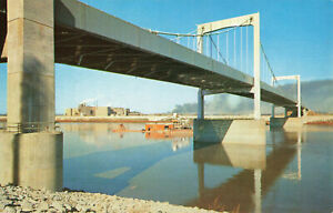 Postcard-New-Paseo-Bridge-Over-Missouri-River-Kansas-City