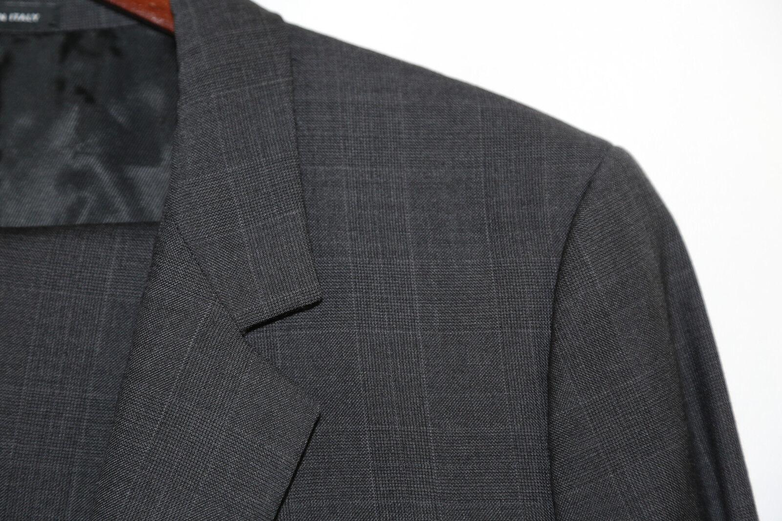 95 GIVENCHY PARIS Charcoal Two Button Slim Fit Suit Größe 40