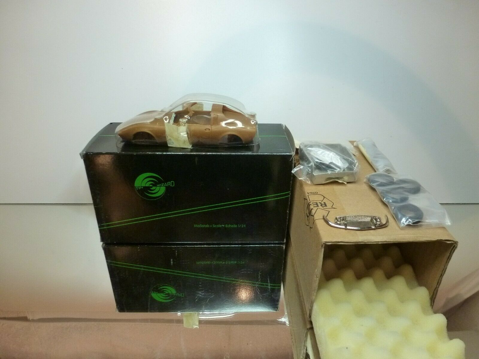TIN WIZARD KIT unbuilt 8060 OPEL GT AERO - 1 24 RARE -  UNBUILT CONDITION IN BOX