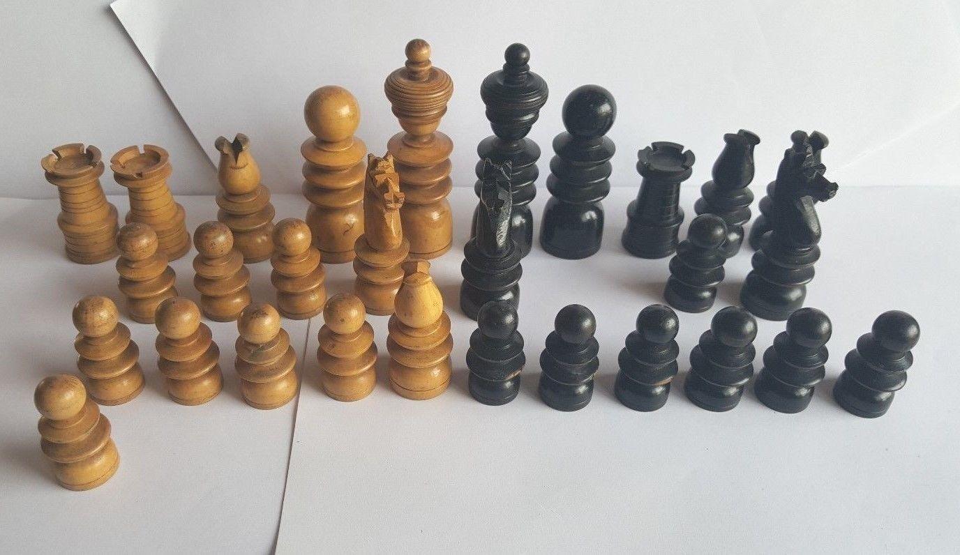 Früh 20. Century St Georges Teil Schachspiel - 29 Stücke