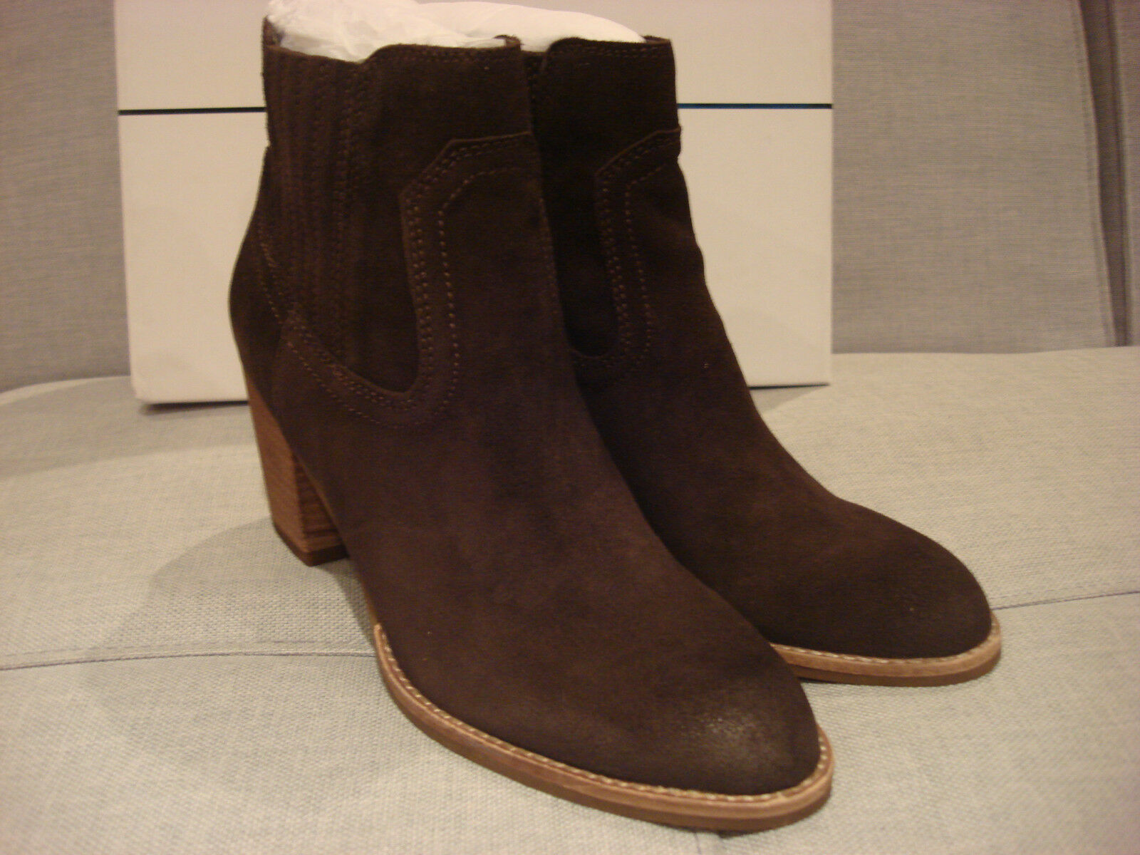DOLCE VITA Femme JARI ANKLE ESPRESSO SUEDE Taille 8 Chaussures - BRAND NEW