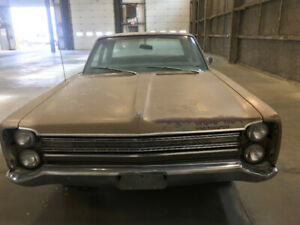 1968 Plymouth Fury 2