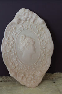 FOSTORIA-PINK-MILK-GLASS-JENNY-LIND-CAMEO-EMBOSSED-COMB-amp-BRUSH-TRAY