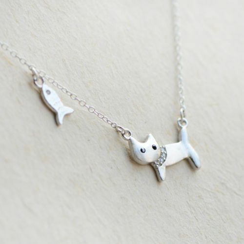 925 Sterling Silver Kitten Cat and Fish pendant Necklace girls/' Small women/'s