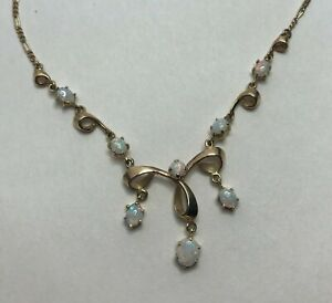 Vintage-9ct-Yellow-Gold-Natural-Opal-Drop-Necklace